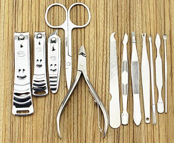 Набор маникюрный 12 предметов из нержавеющей стали