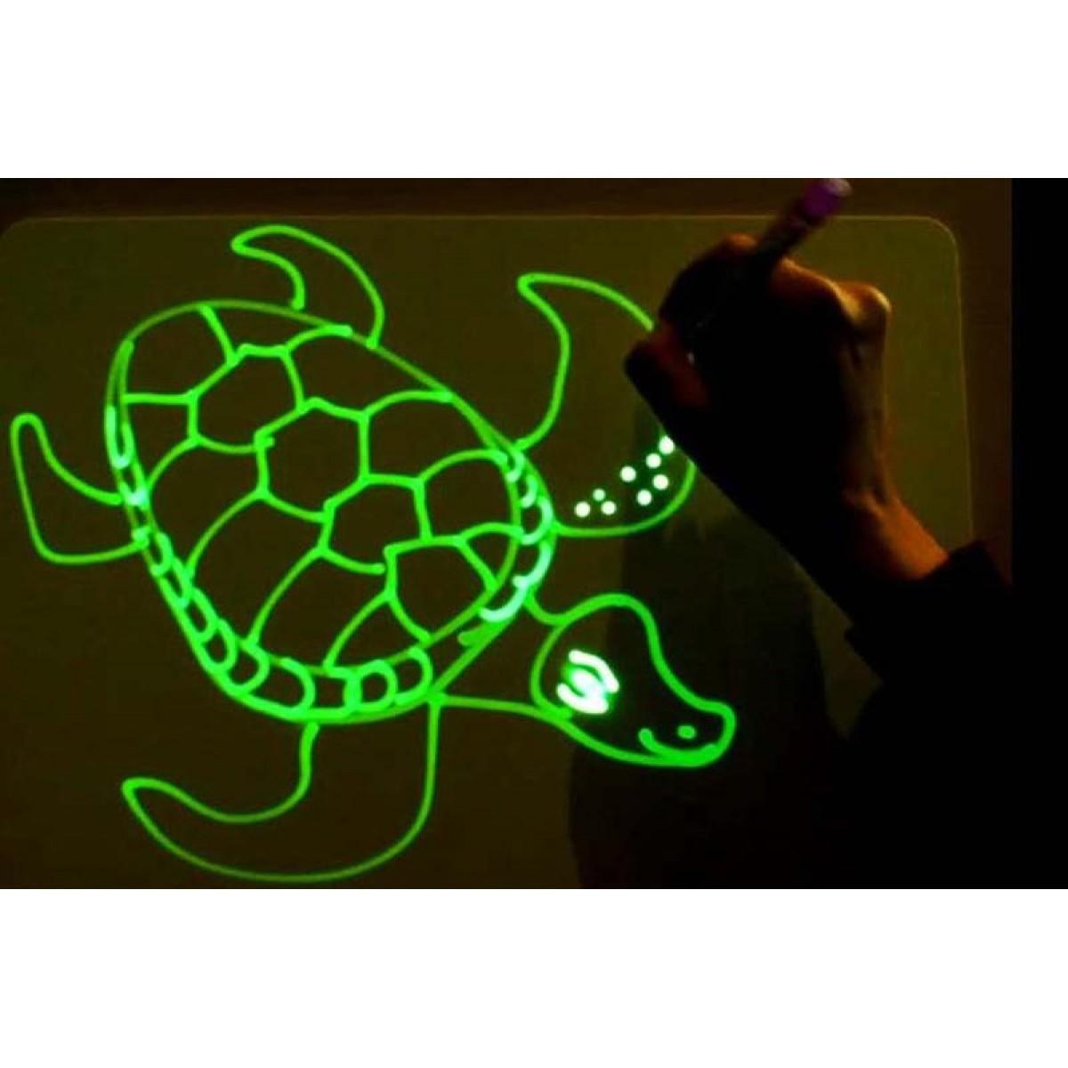 Набор для рисования в темноте «Рисуй светом»