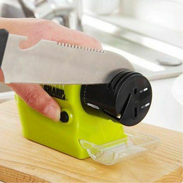 Точилка на батарейках для ножей и ножниц Swift Sharp